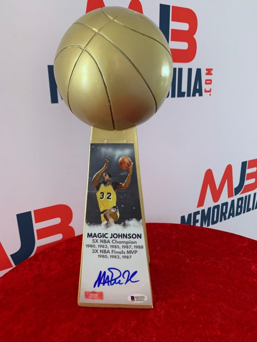 Magic Johnson Signed L.A.Lakers
