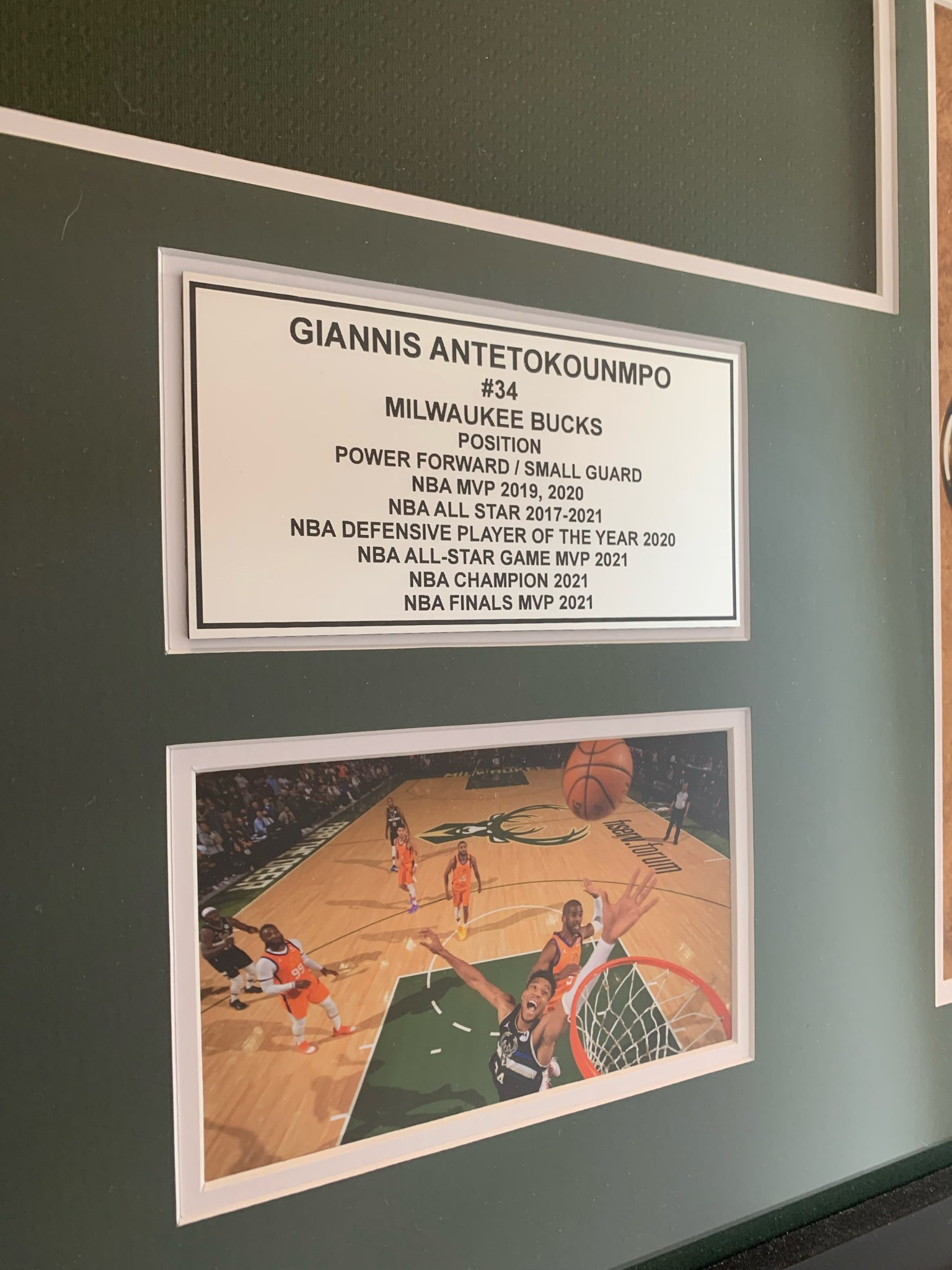 Signed Giannis Antetokounmpo Jersey